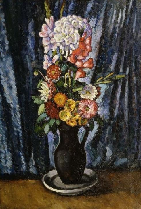 Машков И. И. (1881-1944). Букет в чёрном кувшине на синем фоне. 1916